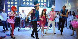 dancersb300150