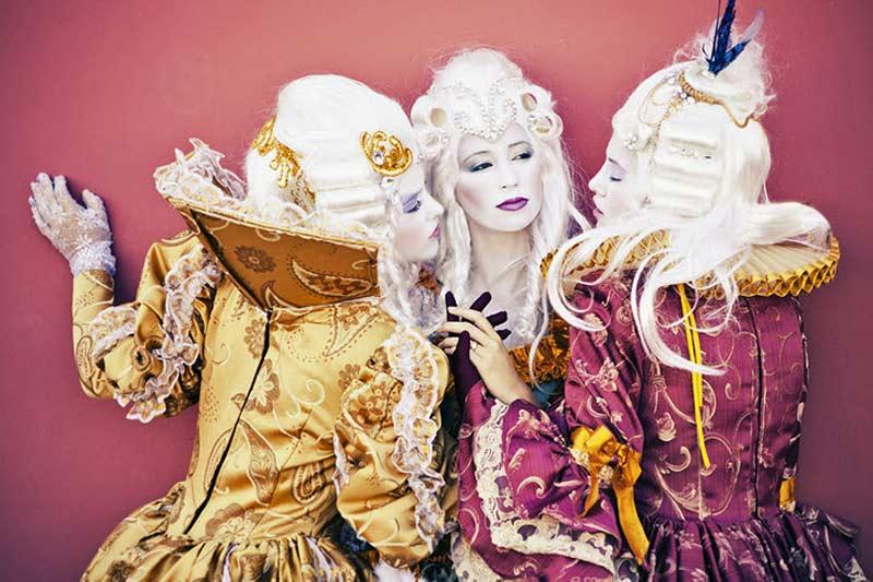 zaza-costumes-02