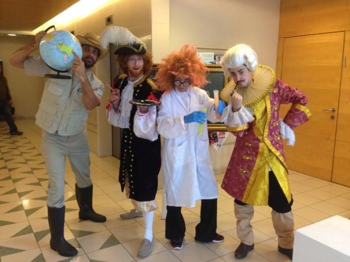 פעילות שחקנים לאירועים - מדענים במשרדי IBM