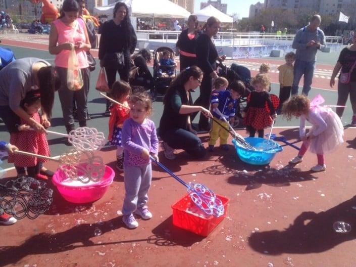 סדנת בועות - פסטיבל מהאגדות ביהוד