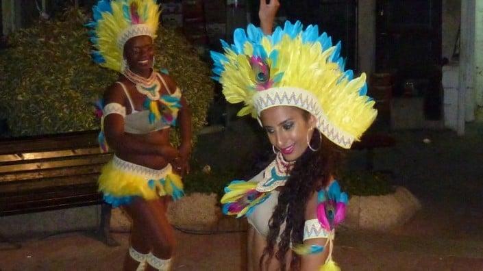 רקדניות ברזילאיות בפסטיבל המחולות ביהוד