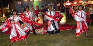 zaza-dancers-beer-festival3
