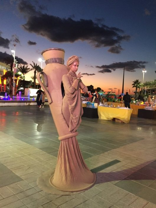 דמויות שטח פסלים חיים - אירועי חוצות זאזא