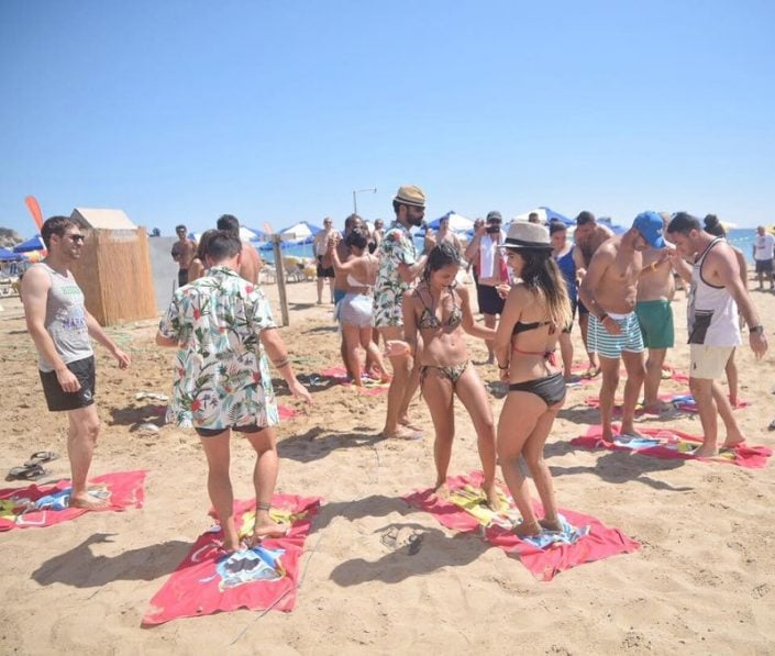 מסיבת חוף בנופש חברה